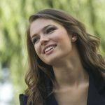¿Prótesis dental fija o removible? – Ventajas y desventajas